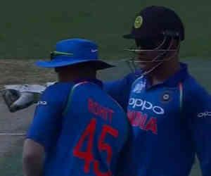 Ind vs Ban : बीच मैच में धोनी बन गए कप्तान, रोहित को सुनाया ये फरमान