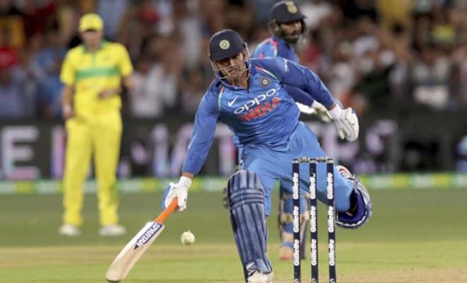 ind vs aus : भारत को जीत दिलाने की बारी आई,तब धोनी का बल्लेबाजी औसत सबसे हाई