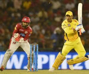 IPL 2018 : पिछले 7 सालों में धोनी ने पहली बार खेली ऐसी पारी, तोड़ दिया अपना ही रिकॉर्ड