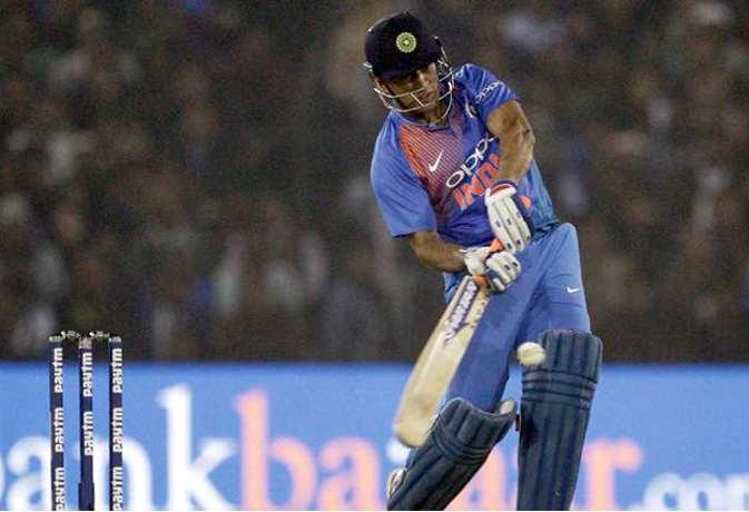 टी-20 में बतौर विकेटकीपर सबसे ज्यादा छक्के लगाए इस खिलाड़ी ने, धोनी हैं बहुत पीछे