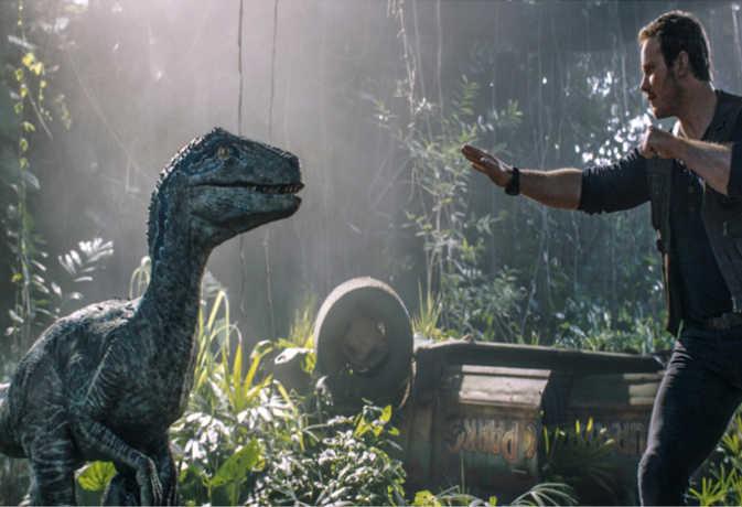 Jurassic world Review : एक बार फिर डायनासोर्स के आतंक को देखने के लिए हो जाएं तैयार