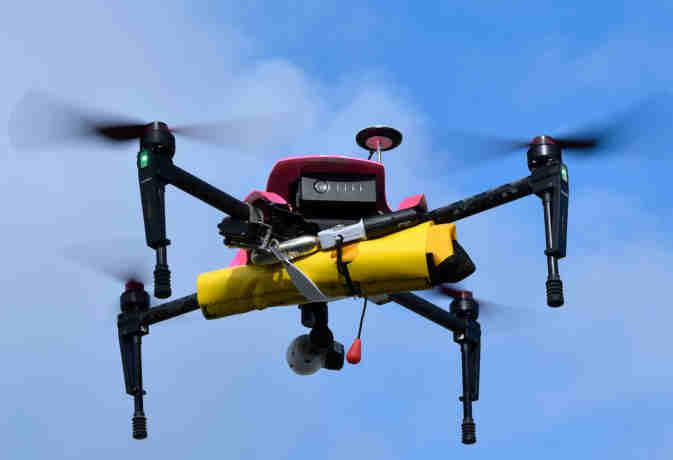 नियम-कानून! 1 दिसंबर से उड़ा सकेंगे ड्रोन, खाने-पीने की चीजें नहीं कर सकेंगे डिलीवर