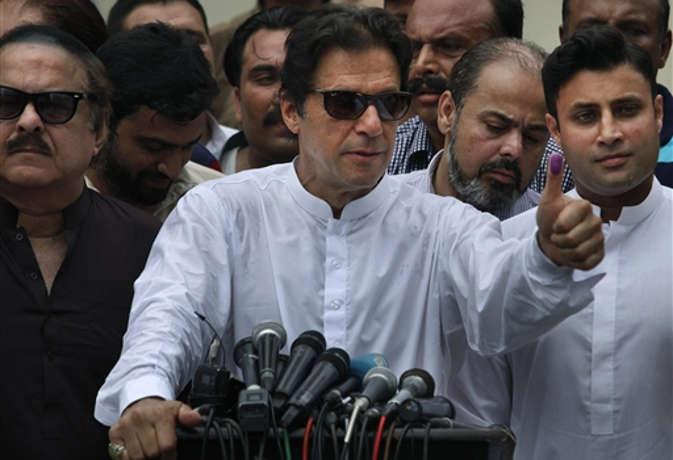 पाकिस्तान के प्रधानमंत्री बनने के लिए इन रास्तों से गुजरे इमरान खान