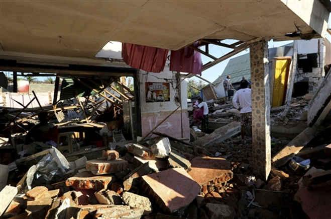 इंडोनेशिया में आए तेज भूकंप के झटकों से अब तक 105 की मौत,200 से अधिक घायल और 70,000 लोग बेघर