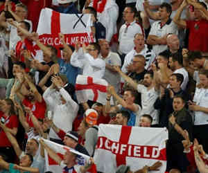 इंग्लैंड का मैच देखने के लिए फैंस टाल रहे अपनी शादी, 12 साल बाद आया है ऐसा मौका