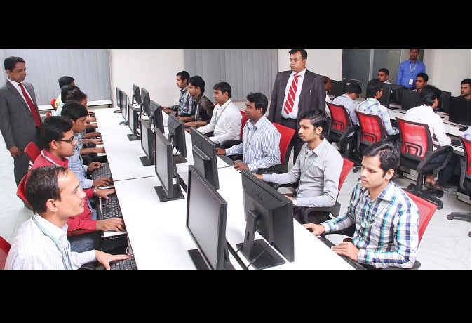 ईयू के स्कॉलरशिप से यूरोप में पढ़ाई करेंगे 400 भारतीय छात्र
