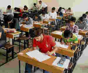 सीबीएसई: अब स्टूडेंट्स से पहले टीचर्स सॉल्व करेंगे पेपर
