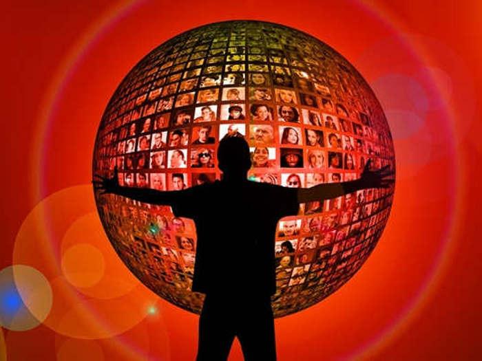 अब google photos app में देख सकेंगे फेसबुक फोटो और वीडियो,facebook लाया अमेजिंग टूल