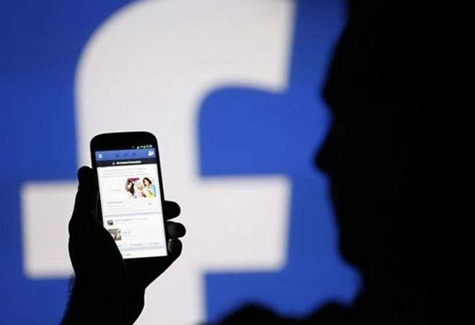 फेसबुक पोस्ट डिलीट करने के लिए देना होगा कानूनी नोटिस!