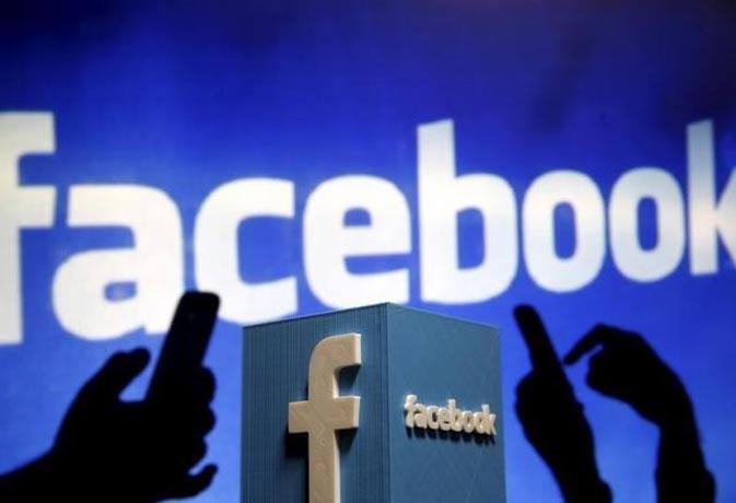 स्नैपचैट की तर्ज पर फेसबुक बना रहा एक कैमरा एप