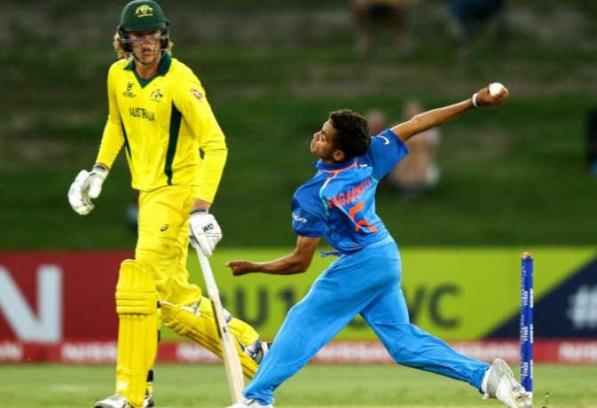 शताब्दी एक्सप्रेस से भी तेज स्पीड में गेंद फेंककर चर्चा में आया 18 साल का यह भारतीय गेंदबाज
