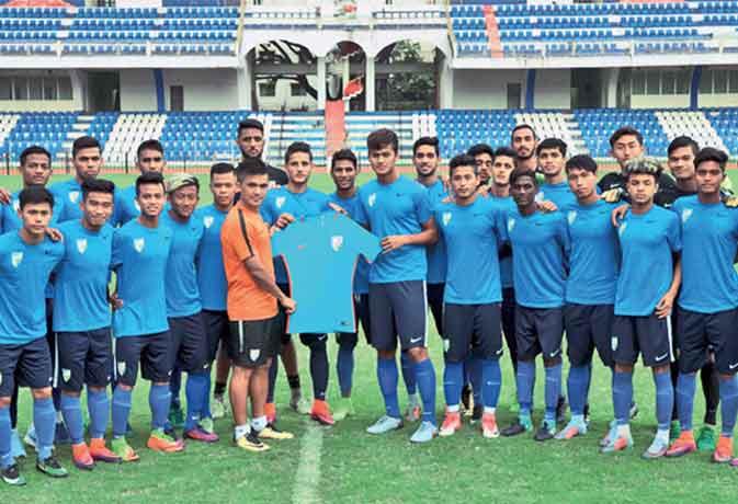 फुटबॉल में इतिहास रचेगा इंडिया, फीफा अंडर-17 का आगाज