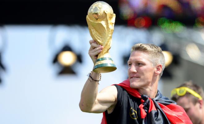 फीफा वर्ल्ड कप जीतने वाले को मिलती है नकली ट्रॉफी,जानें असली ट्रॉफी कहां है और किसने बनाई थी?