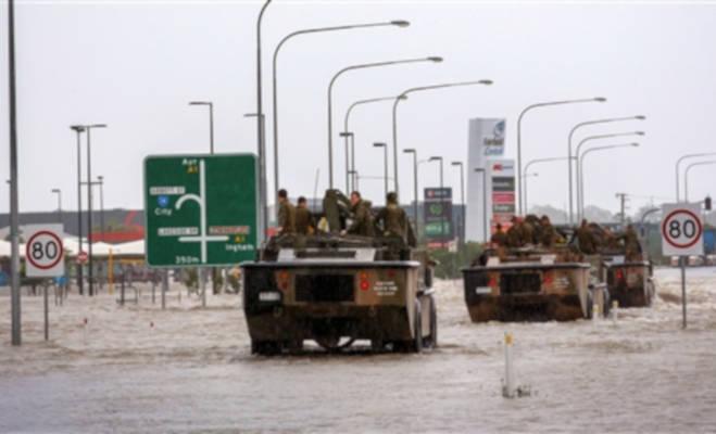 ऑस्ट्रेलिया में तेज गर्मी के बाद बाढ़ का कहर,सड़कों पर पहुंचे सांप और मगरमच्छ