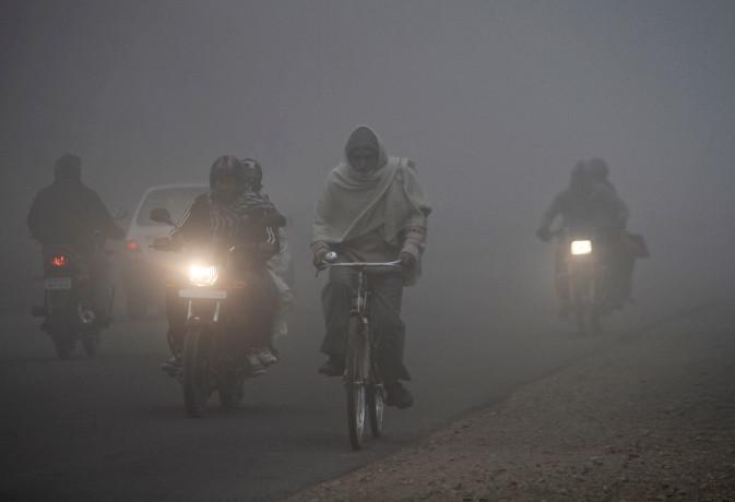 माैसम : उत्तर में तापमान में गिरावट तो दक्षिण भारत में भारी बारिश, जानें आज के मौसम का हाल