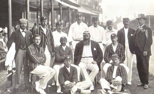 आज ही पैदा हुआ था वो खिलाड़ी,जिसने अपने देश के लिए क्रिकेट भी खेला और फुटबॉल भी