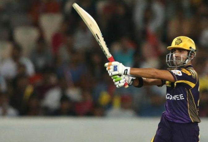 गौतम गंभीर ने आईपीएल के 154 मैचों में लगाए है 491 चौके।