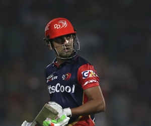 IPL 11 : लगातार हार से परेशान इस खिलाड़ी ने छोड़ी कप्तानी, कभी भारत को जितवाया था वर्ल्डकप