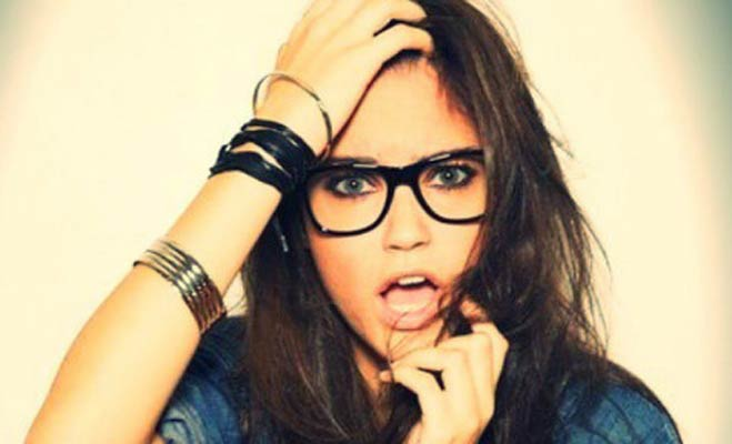 लड़कियों की ये 7 चीजें देख मर्द हो जाते हैं आकर्षित