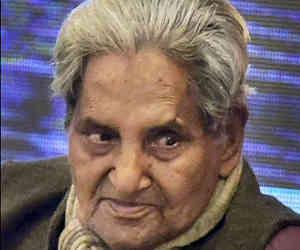 गोपालदास नीरज : कानपुर से लड़ा था चुनाव, दिया था ऐसा नारा कि गए हार