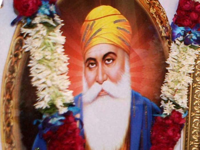 guru nanak dev ji biography quotes and teachings inext live