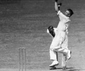 आज ही पैदा हुआ था वो गेंदबाज जो मैदान में तोड़ता था बल्लेबाजों की हड्डियां, बाउंड्री पर लगानी पड़ती थी पुलिस