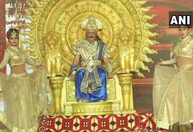 रामलीला में ये किरदार निभा रहे हैं मोदी सरकार के मंत्री डाॅ. हर्षवर्धन, सामने आर्इ ये तस्वीरें