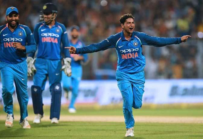 रणजी ट्रॉफी में विनय कुमार ने ली हैट्रिक,वनडे मैचों में यह कारनामा सिर्फ 3 भारतीयों ने किया