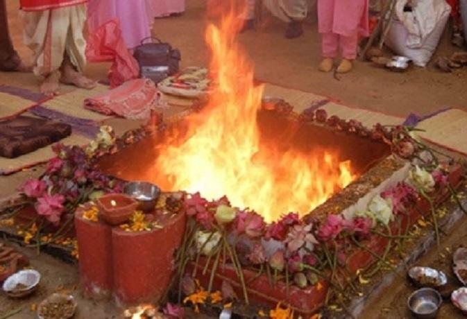 नवरात्रि 2018: तीसरे दिन होती है मां चंद्रघण्टा की अराधना,जानें पूजा विधि और मंत्र