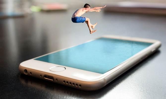 जल्द आ सकता है 512 जीबी स्टोरेज वाला स्मार्टफोन, यह कंपनी कर रही है प्लान!
