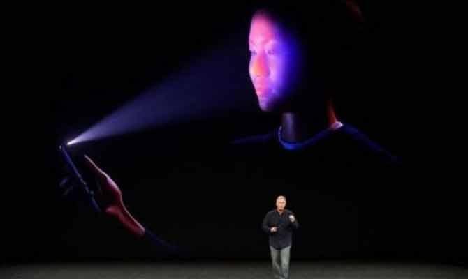आखिर आईफोन x उतना क्रांतिकारी क्यों नहीं है?