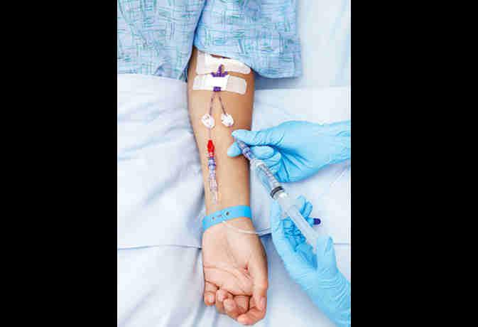 IAS की फटकार से अधिकारी को आया हार्ट अटैक,  ICU में भर्ती
