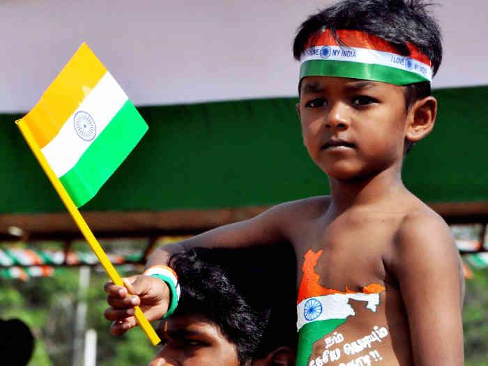 happy independence day 2019: बेहद खास है आजादी का ये पर्व अपनों को भेजें ये खूबसूरत विशेज