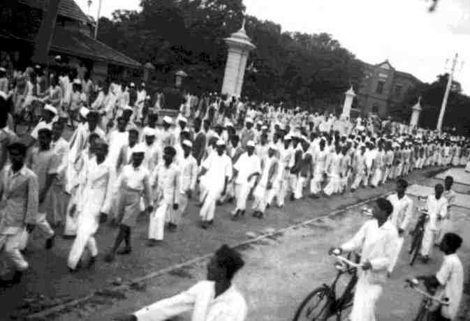 जब एक नेता की आवाज पर एक लाख लोग चले गए थे जेल, भारत छोड़ो आंदोलन की 10 बातें