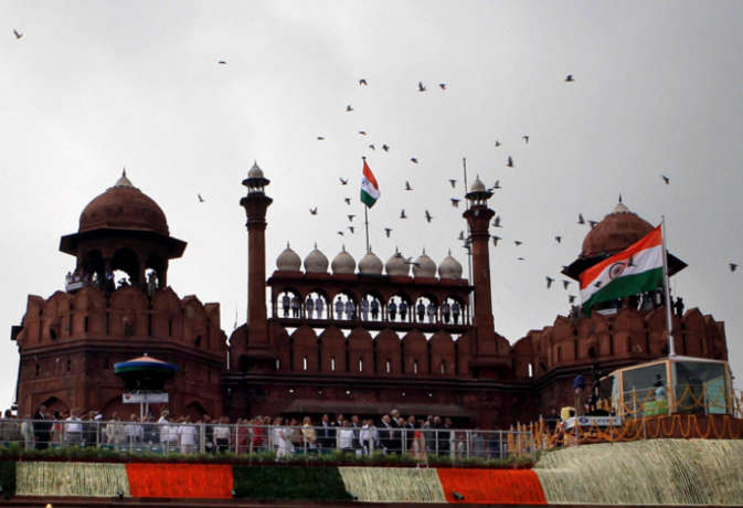 क्या आप जानते हैं अपने देश का पूरा नाम,  जानिए इंडिया की प्रोफाइल की ये 10 खास बातें