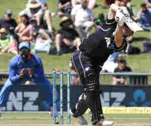 Ind vs Nz : 10 साल में पहली बार न्यूजीलैंड ने वनडे में बनाया इतना कम स्कोर