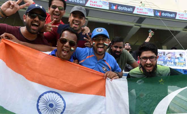 जब श्रीलंका को हराने के लिए भारत-पाक क्रिकेटर एक टीम में खेले