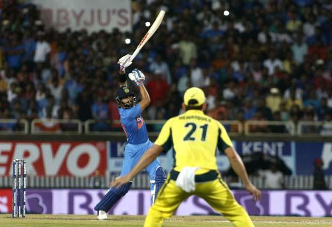IndVsAus : टी-20 में सबसे ज्यादा रन बनाने वाले 10 बल्लेबाज, सिर्फ एक ने लगाया है शतक
