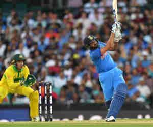आॅस्ट्रेलिया में कौन भारतीय बल्लेबाज लगाता है सबसे ज्यादा वनडे छक्के ?