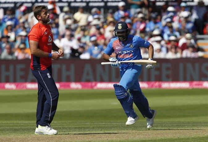 जानें 44 साल में भारत ने इंग्लैंड में कितने वनडे मैच जीते और हारे