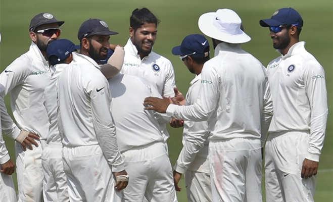 ind vs wi : बल्लेबाज चले गए मगर गेंदबाज डट गए,पहले दिन विंडीज ने बनाए 7 विकेट पर 295 रन