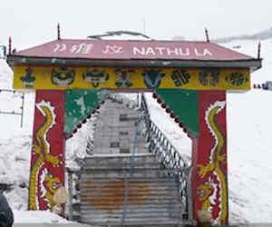 भारत-चीन सीमा पर मौजूद नाथू-ला दर्रे पर पड़े दैनिक जागरण-आई नेक्स्ट के कदम