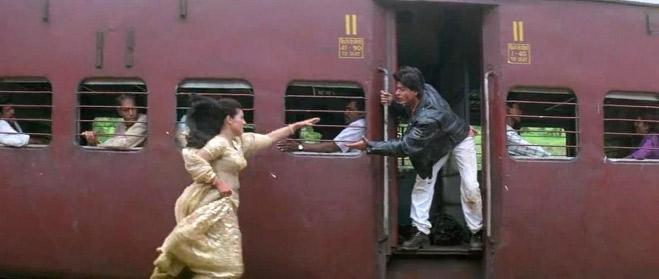 SRK and Kajol in DDLJ