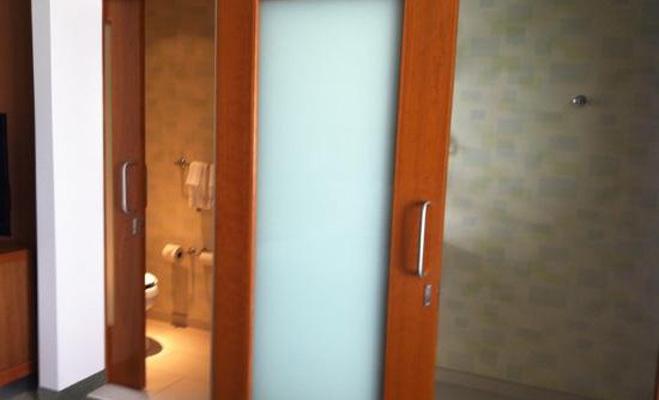 alert: बाथरूम की 10 सबसे गंदी चीजें,जिनसे रहें सावधान