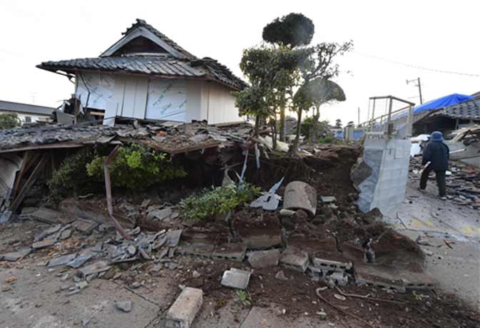 जापान में एक बार फिर आया भूकंप मरने वालों की संख्या 11 के पार