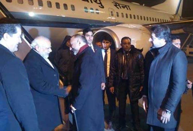 रूस दौरा पूरा कर अफगानिस्तान पहुंचे मोदी, वहां की नयी संसद का करेंगे उद्धघाटन