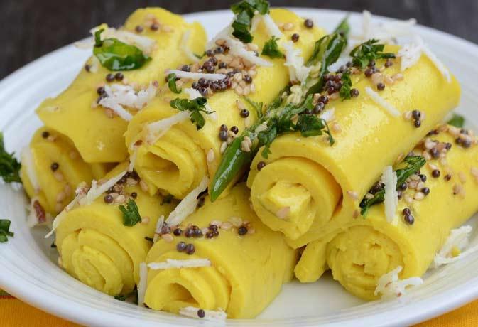 चलिए बनायें गुजराती व्यंजन खाण्डवी