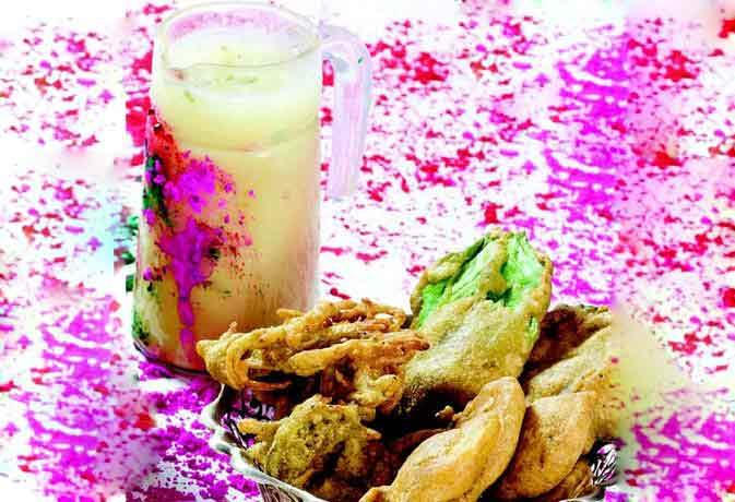 Holi special: चलिए बनायें कुछ भांग के व्यंजन