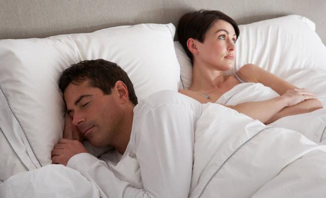 दस निशानियां जो बताती हैं अच्छा बेड पार्टनर नहीं है आपका साथी