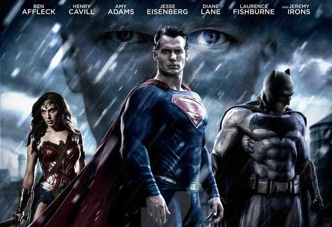 Movie review: हैरान करती है पर निराश नहीं करती 'बैटमैन वर्सेस सुपरमैन'